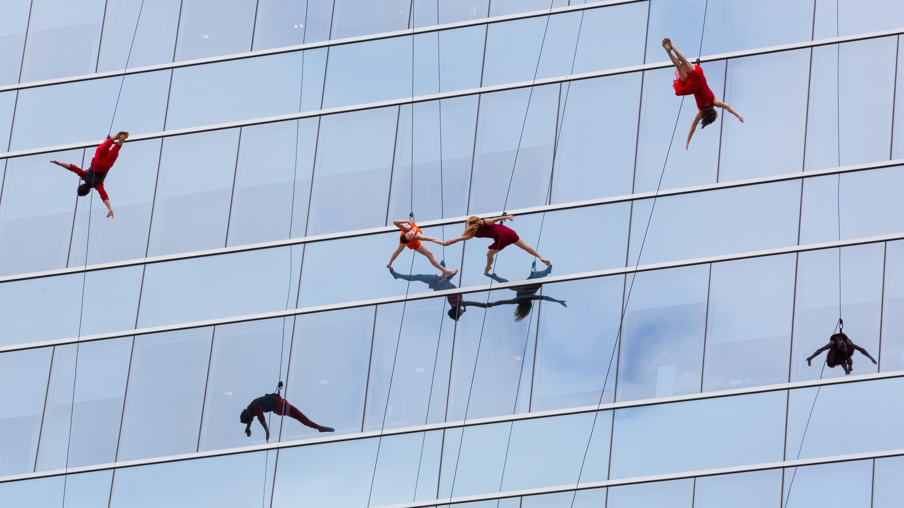 Dallas Arts District to host Changing Perspectives Block Party Ft. BANDALOOP